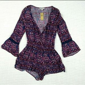 NWT American Eagle Outfitters Bell Cuff Romper XS